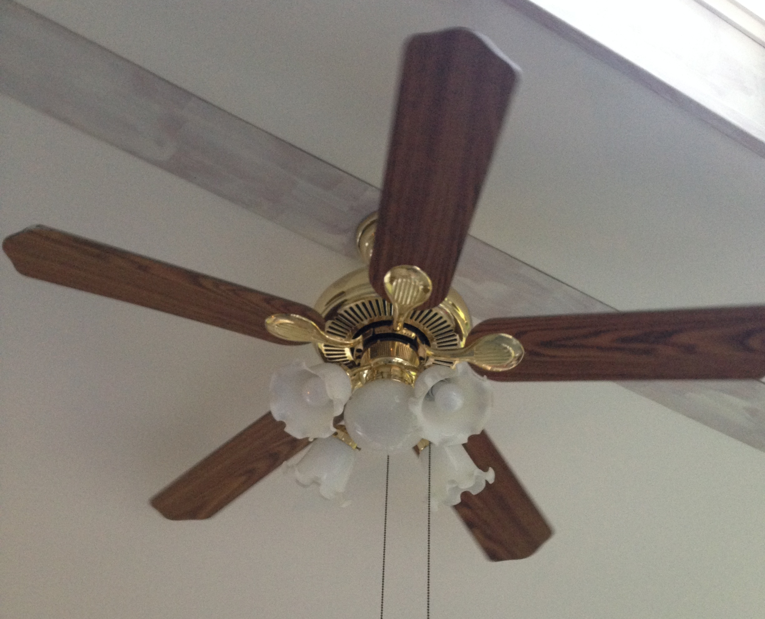 6 dollar ceiling fan update just call me homegirl - Pictures of ceiling fans ...