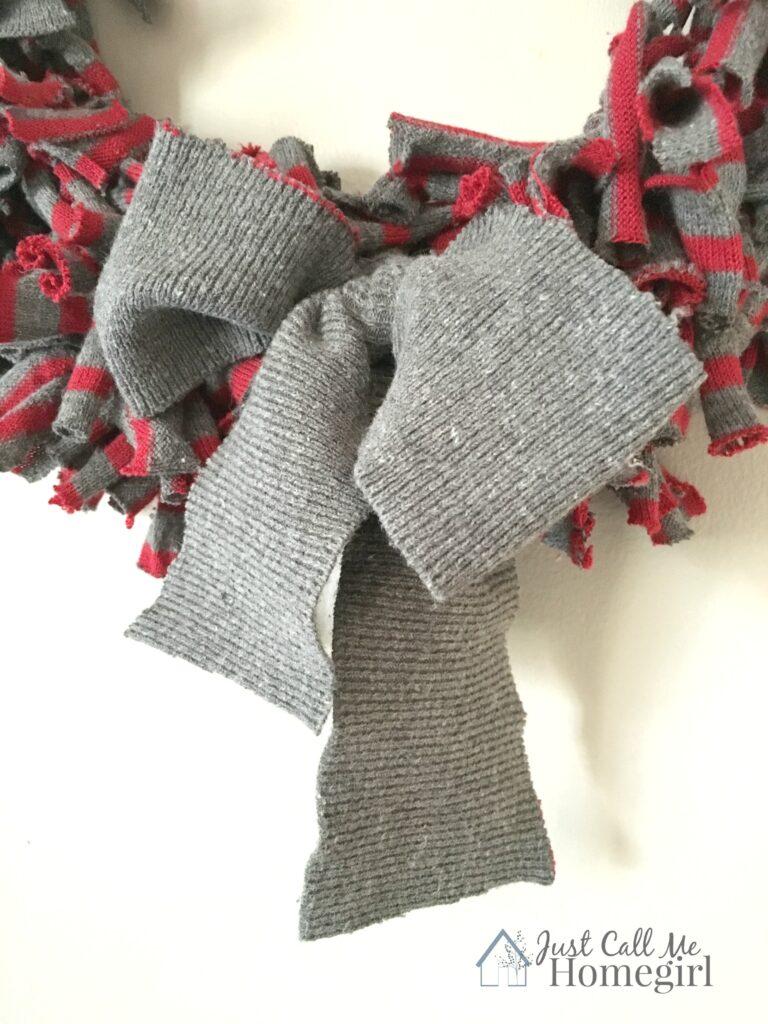 sweaterwreathbow2