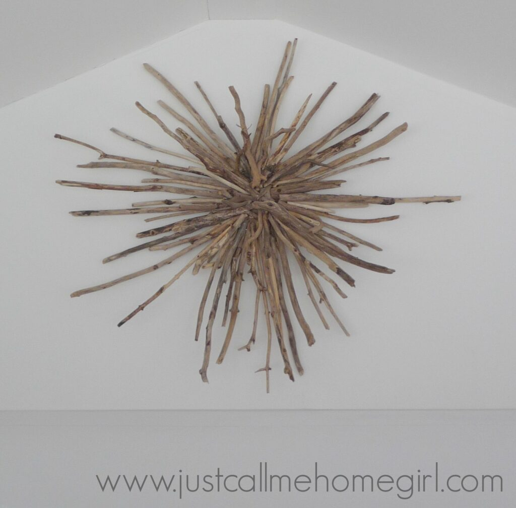Beautiful driftwood sunburst with tutorial