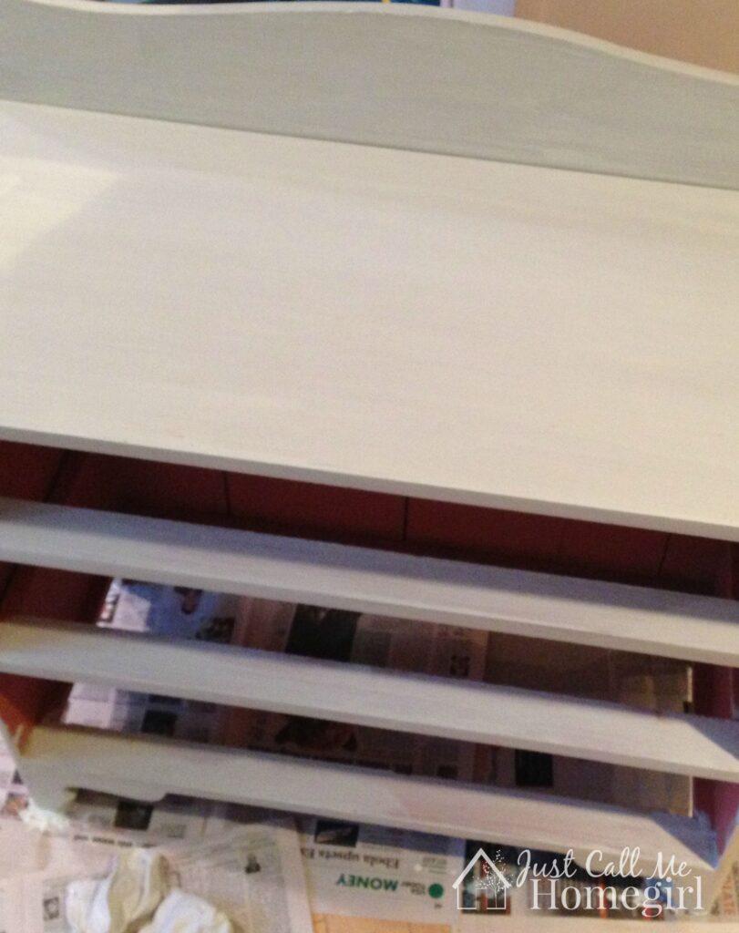small dresser primer