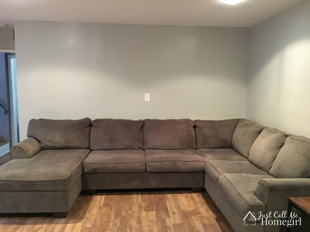 familyroomcouch