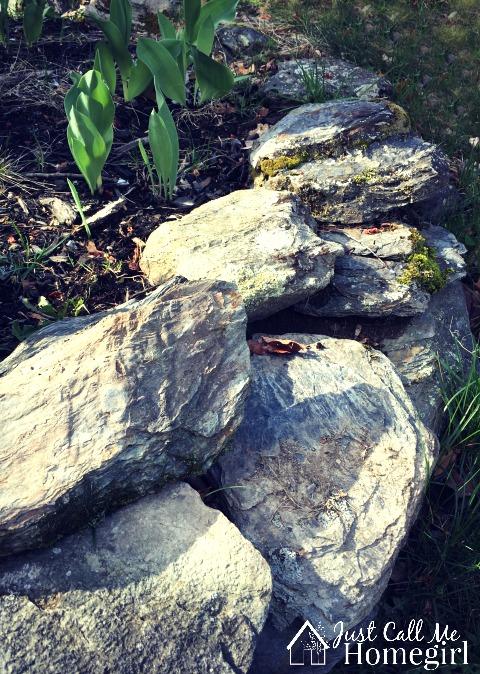 Rock wall edging