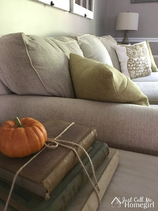 Fall decor in the living room