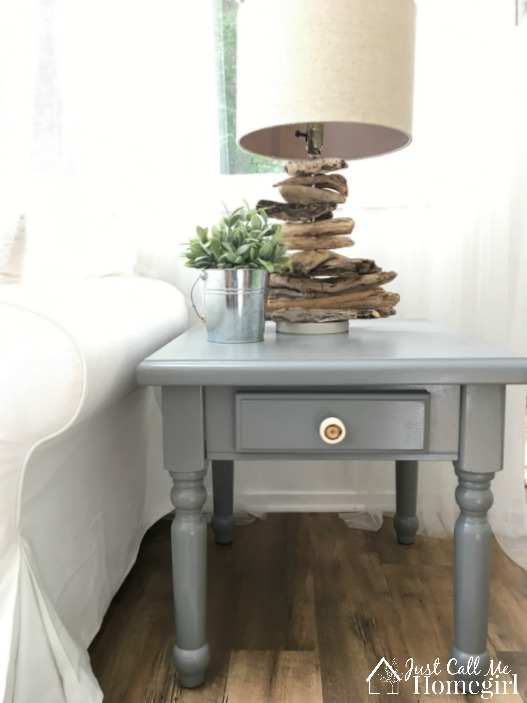 Delicieux Painted End Table